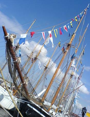 hansesail 2006 Schiffe im Stadthafen