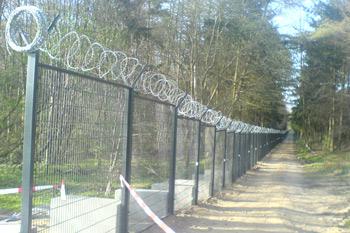 Sicherheitszaun um Heiligendamm, die technische Sperre der Polizei
