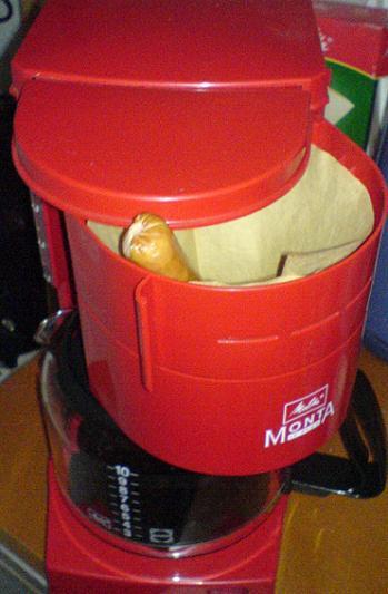 Wurst in der Kaffeemaschine