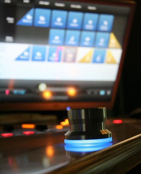 """Stylischer Schalter für """"Motionmixes"""", so heißt das Jingle-System bei NDR1 Radio MV. Foto: Christian Kohlhof"""