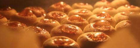 Marzipan-Kekse im Backofen
