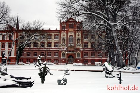 winter10_uniplatz.jpg
